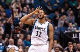 Karl-Anthony Towns has impressed in his rookie season. Could that help to lure in a free agent or two this offseason? (Photo credit to fansided.com)
